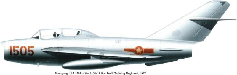 Shenyang JJ-5 Armée de l'air Nord Vietnamienne (Hobby Boss 1/48) - Page 3 55_2012