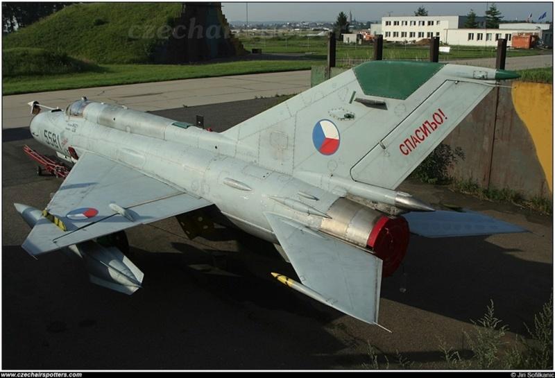 MiG-21 MFN (Eduard 1/48) - Page 5 84214