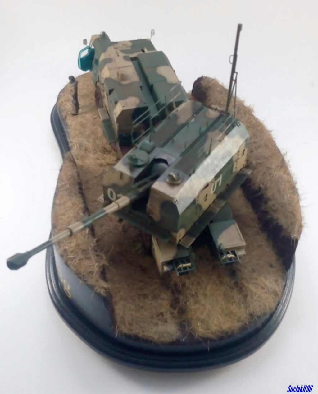 Canon automoteur de défense côtière de 130 mm A-222 Bereg ( 1/35 Trumpeter) - Page 4 8710