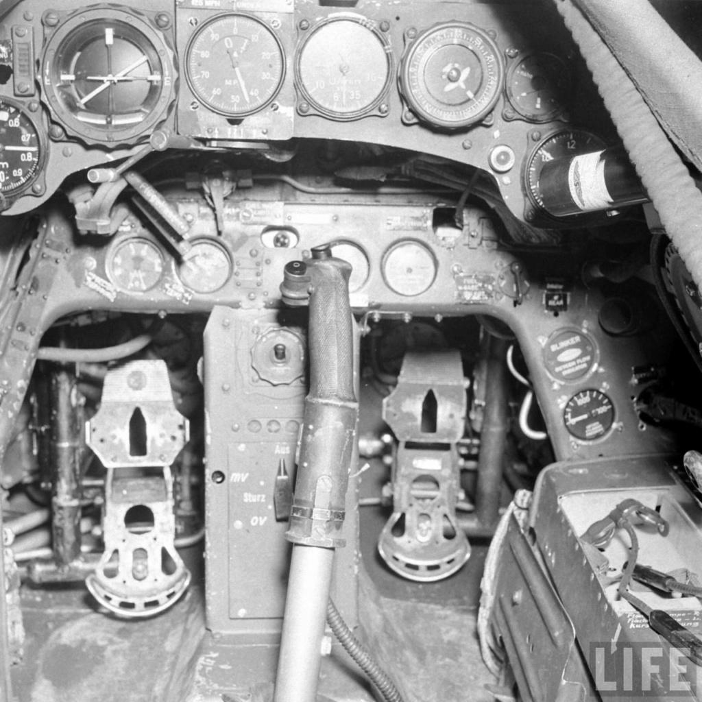 "FW 190 A-5 codé D5 + XV du 10/NJG-3 ""Nachtjagdkommando 190"" (Eduard 1/48) 9399e810"