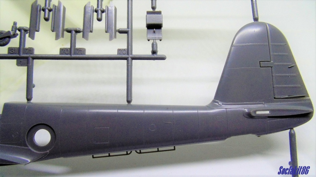 Me 410 B-2 / U-2 / R-4 Hornisse (Revell 04533 1/48) Dsc00120