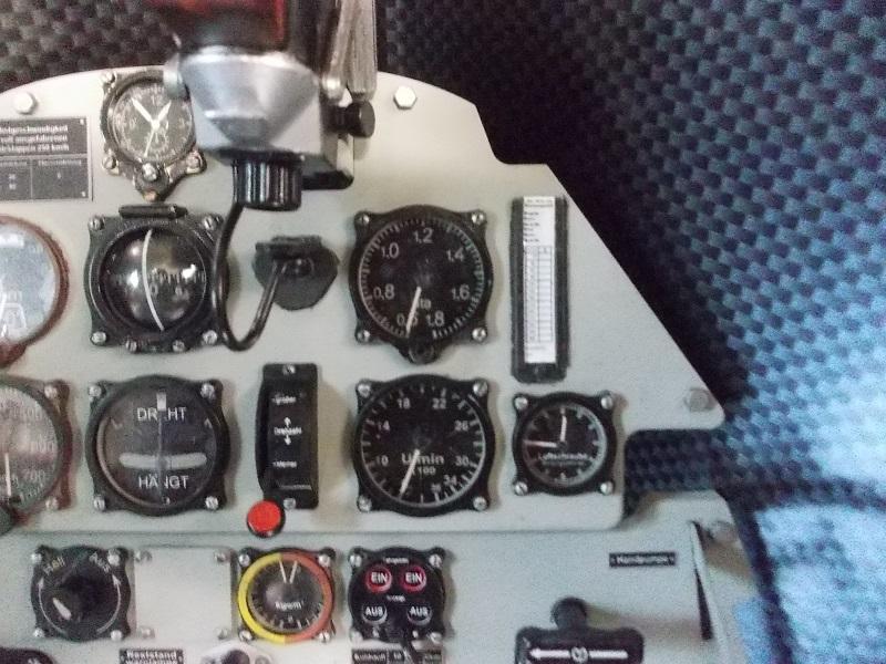 Tableau de bord de Bf-109 E-3 (Eduard 1/4) Dscn0033