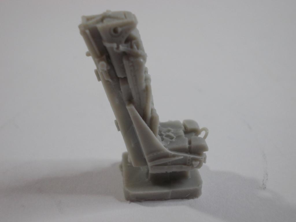 Mirage IV ( Heller 1/48 )  Dscn0121