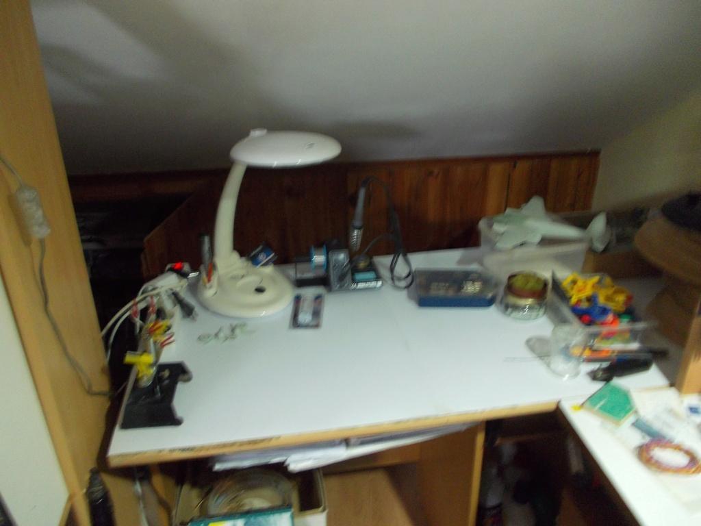 Mon nouvel atelier ( pas encore terminé ) Dscn0233