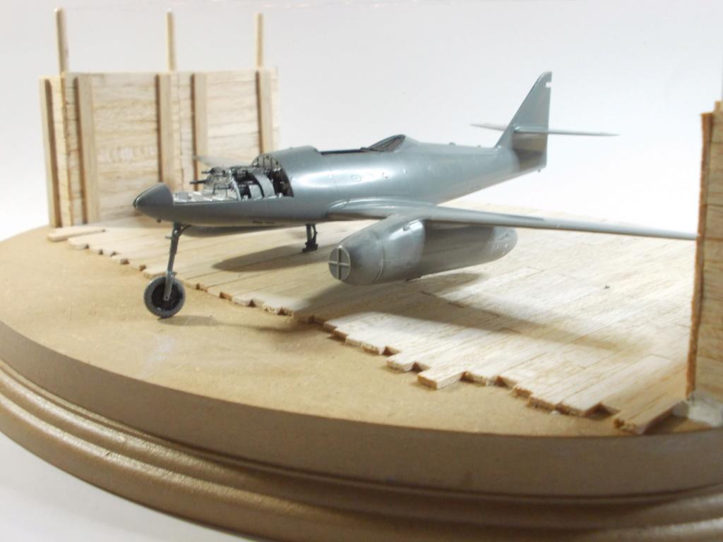 Me 262 A-2a/U2 au 1/48 ( Dragon 5529 versus Hobby Boss 80377 ) - Page 4 Dscn1228