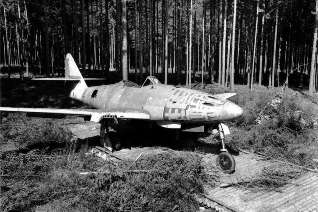 Me 262A-1a ( Dragon 1/48) E4e03110