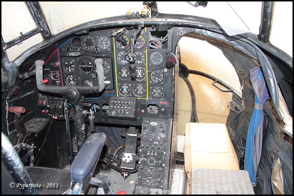 """Défi inconfortable : Dassault MD-312 """"Flamant"""" (Fonderie Miniature 1/48) Flaman11"""
