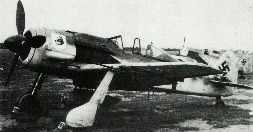 revell 1/32 focke wulf 190 a-8 nightfighter  Focke-18