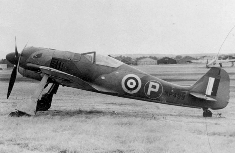 FW 190A-3 W.Nr. 135313 du III/JG-2 aux couleurs de la RAF été 1942 Fw190a11