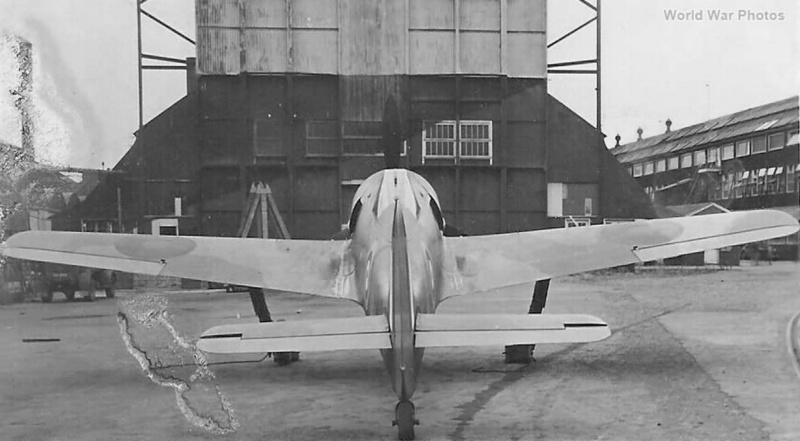 FW 190A-3 W.Nr. 135313 du III/JG-2 aux couleurs de la RAF été 1942 Fw_19017