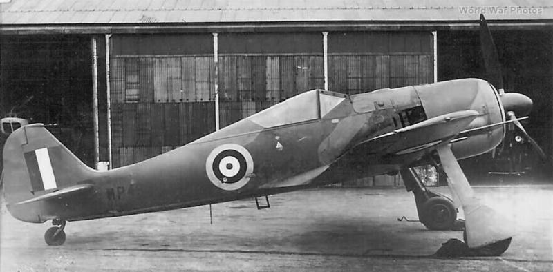 FW 190A-3 W.Nr. 135313 du III/JG-2 aux couleurs de la RAF été 1942 Fw_19018