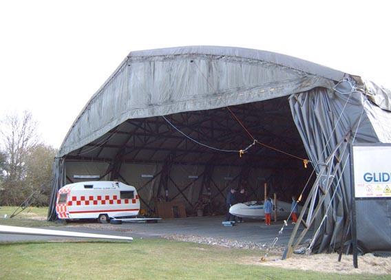 Hangar 1/72 ème pour la campagne de France . Hanger11
