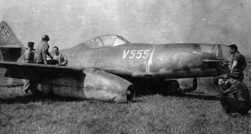 Me 262 A-2a/U2 au 1/48 ( Dragon 5529 versus Hobby Boss 80377 ) Hel12710