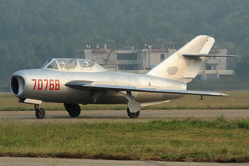 Shenyang JJ-5 Armée de l'air Nord Vietnamienne (Hobby Boss 1/48) Jj510