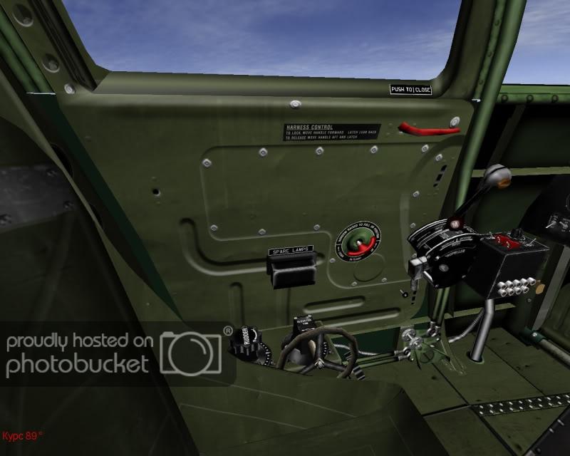 Bell P-400 aux couleurs Russes ( Eduard 1/48) - Page 2 L_door10