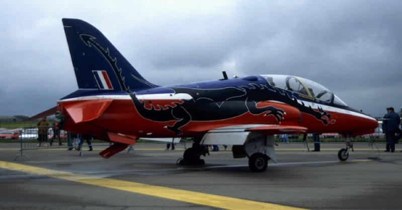 BAe Hawk T-1 (Revell 1/32) XX-172 St Athan Station Flight 1995  - Page 2 Leemin12