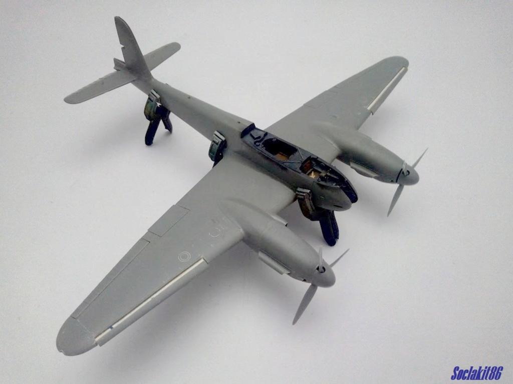 Me 410 B-2 / U-2 / R-4 Hornisse (Revell 04533 1/48) M0128