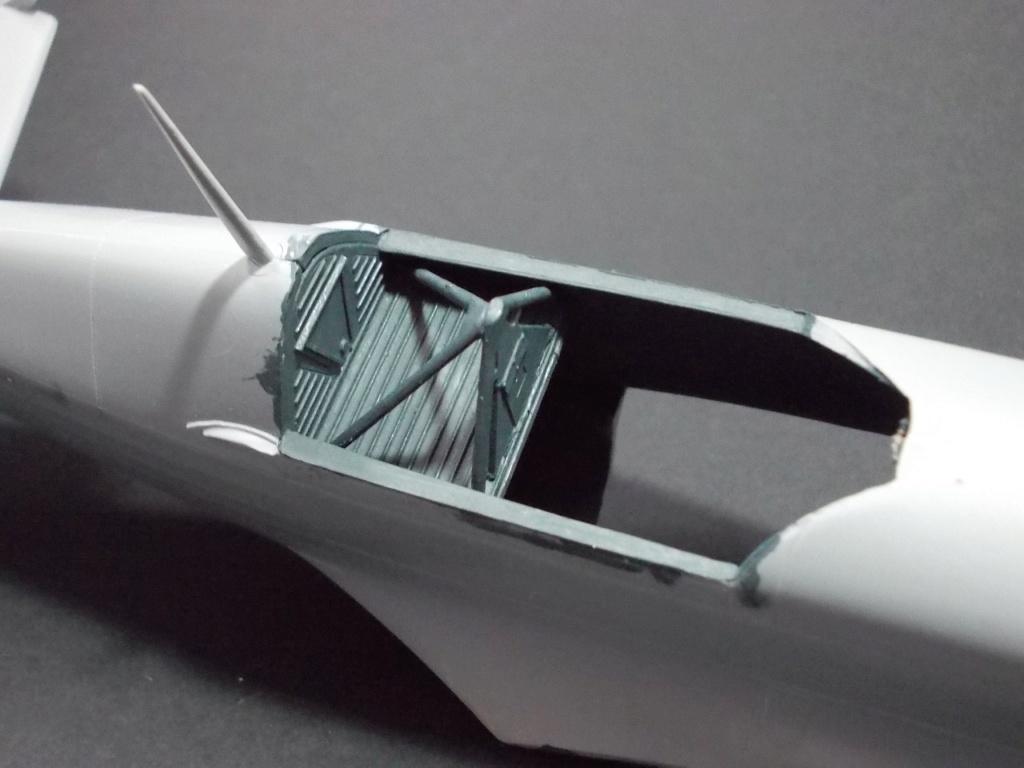 Morane Saulnier MS 406 (Azur /AB Toys 1/32) + décals Kagero Top Colors 17 M0361