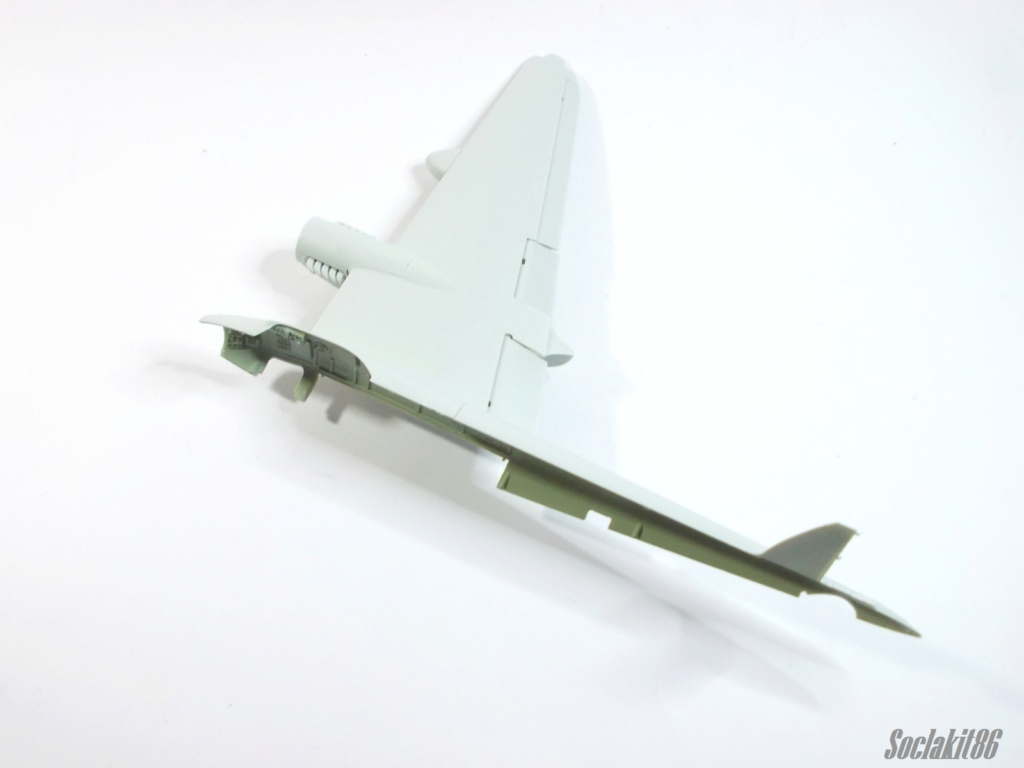 De Havilland  DH-98 Mosquito B mark IV (Revell 04555 au 1/48 ) M0717