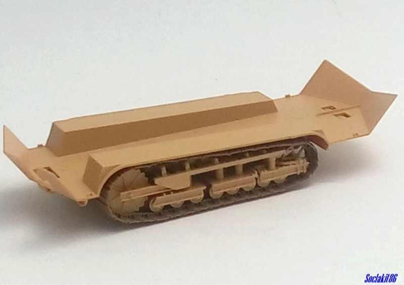 St Chamond M3 (Hobby Boss 83860 - 1/35)  M0748
