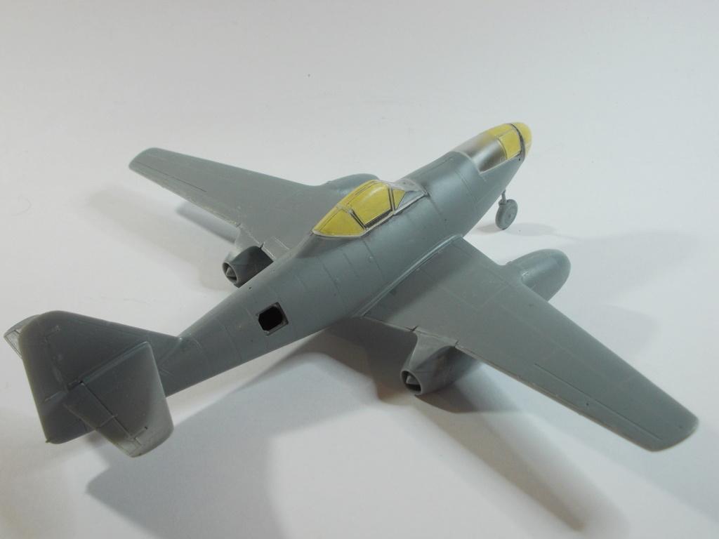 Me 262 A-2a/U2 au 1/48 ( Dragon 5529 versus Hobby Boss 80377 ) - Page 2 M1013