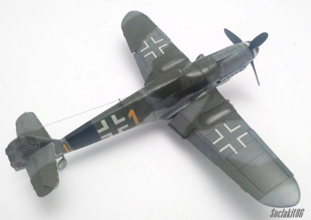 Bf 109 K-4 W.Nr. 332660 du 11/JG-53 (hasegawa 1/48)  M1229