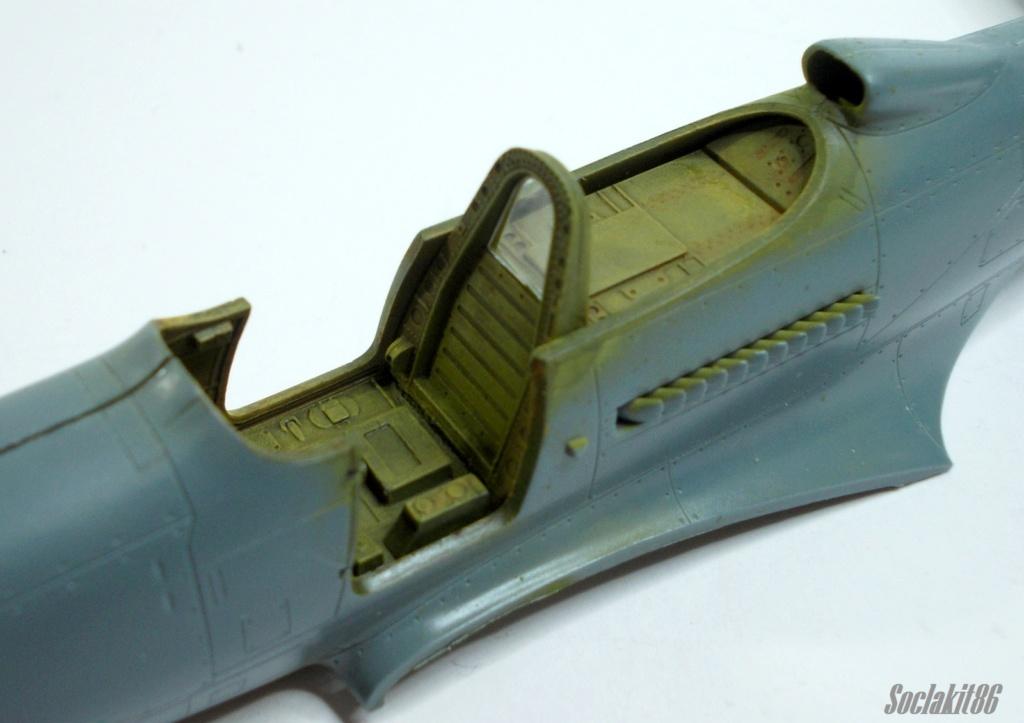Bell P-400 aux couleurs Russes ( Eduard 1/48) M1418