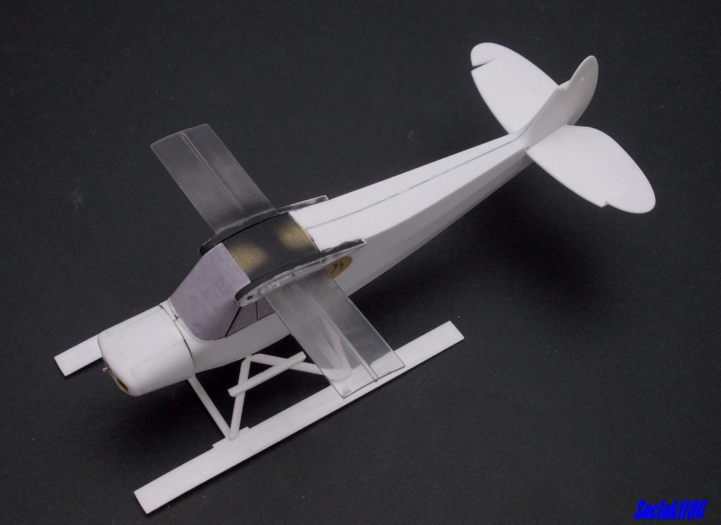 "Piper PA-18-150 "" Super Cub"" Float Plane (Revell 1/32) M1424"