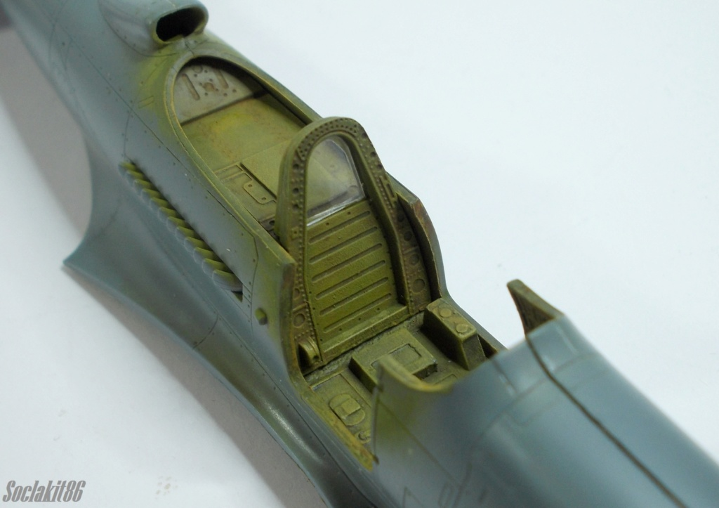 Bell P-400 aux couleurs Russes ( Eduard 1/48) M1516