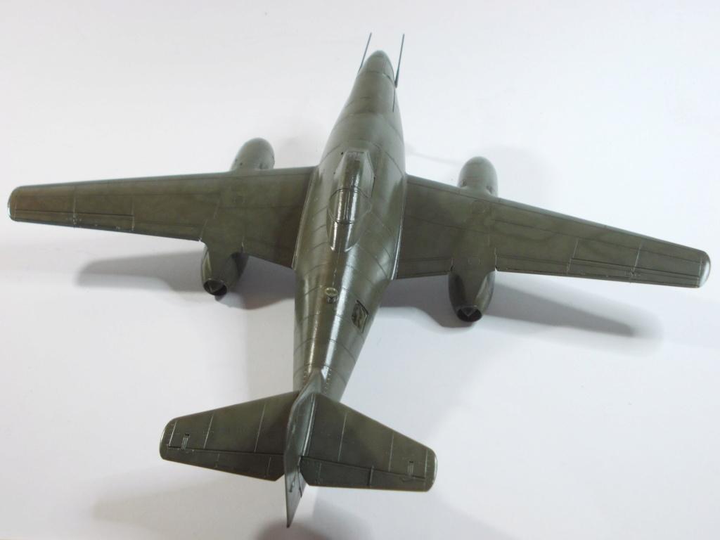 Me 262 A-2a/U2 au 1/48 ( Dragon 5529 versus Hobby Boss 80377 ) - Page 3 M1812