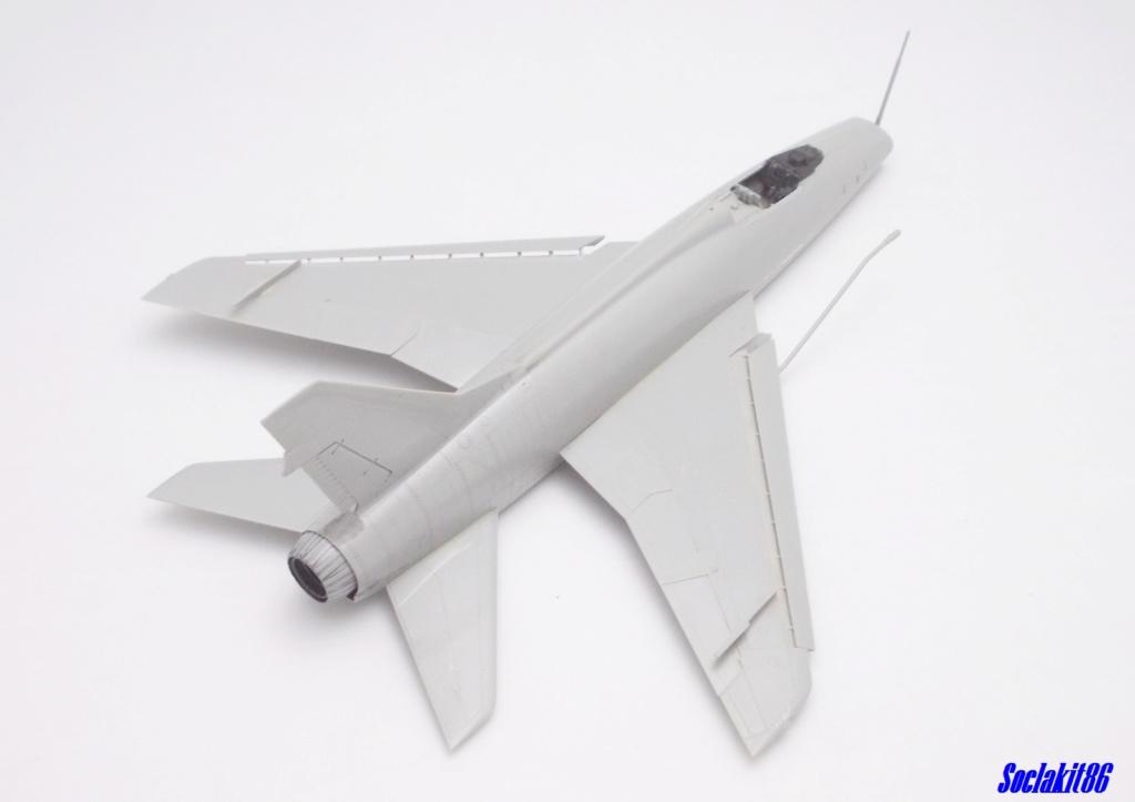 N.A. F-100 D Super Sabre (Trumpeter 1/48 ) M1927