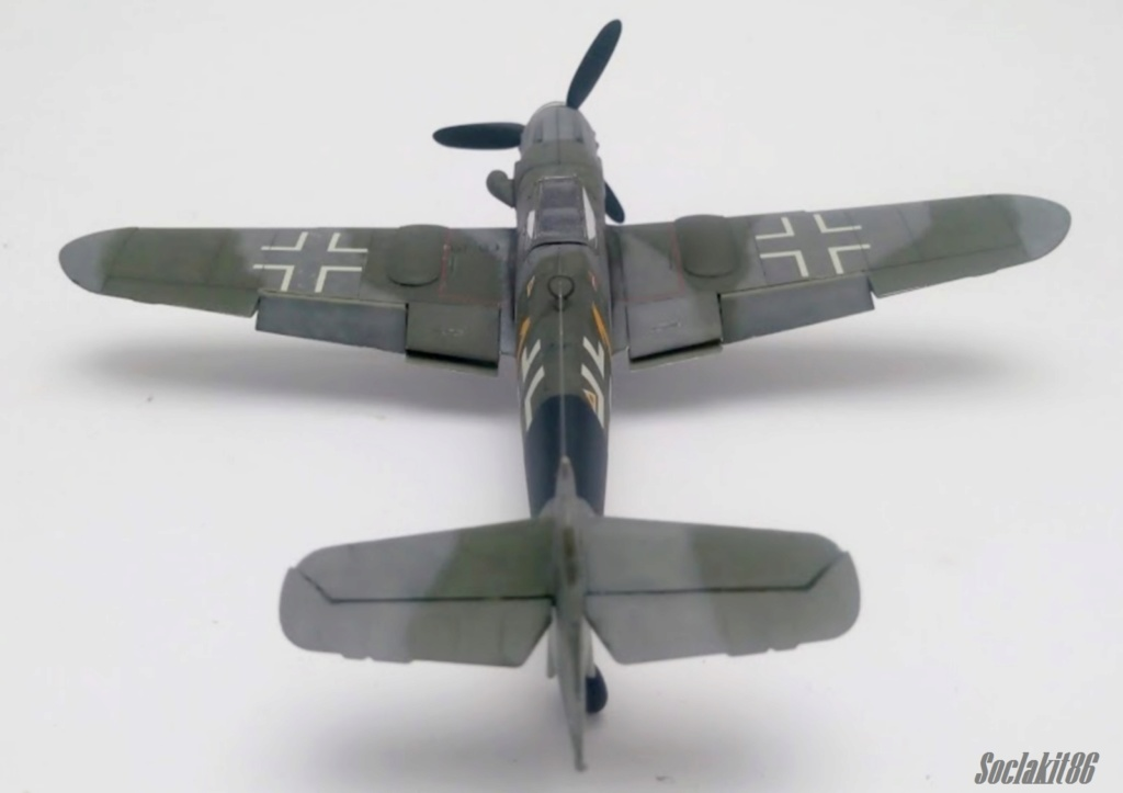 Bf 109 K-4 W.Nr. 332660 du 11/JG-53 (hasegawa 1/48)  M1932