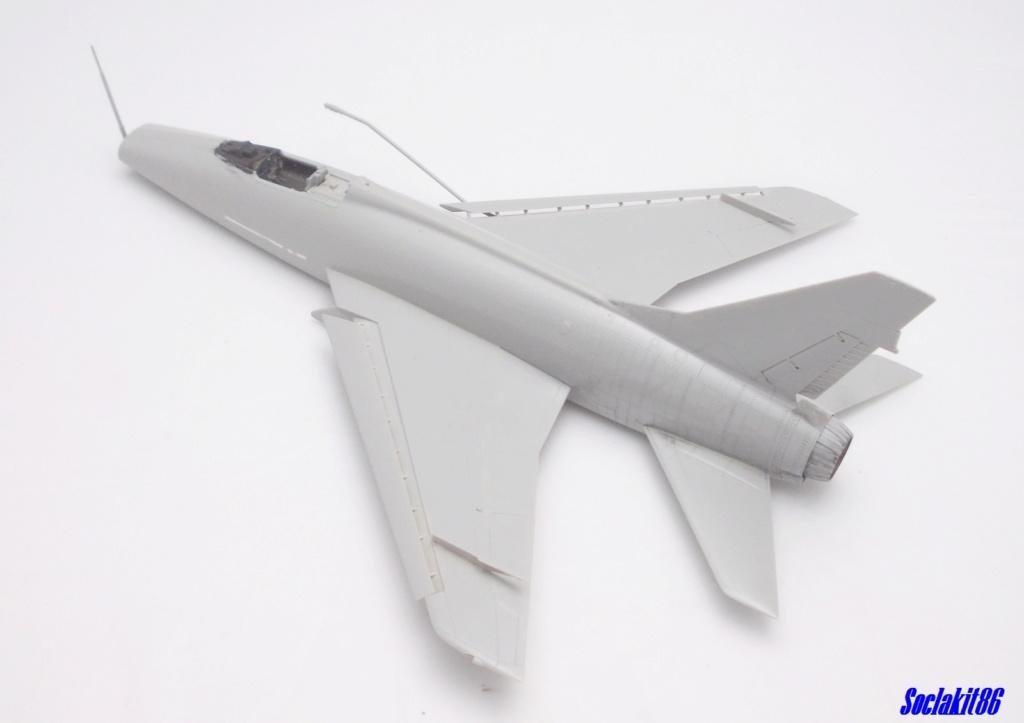 N.A. F-100 D Super Sabre (Trumpeter 1/48 ) M2026