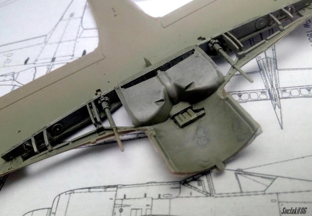 "FW 190 A-5 codé D5 + XV du 10/NJG-3 ""Nachtjagdkommando 190"" (Eduard 1/48) - Page 2 M2727"