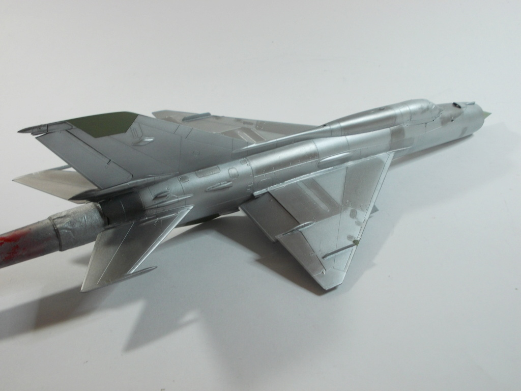 MiG-21 RFMM Izdeliye 94A Fishbed F ( Eduard + Bidouille 1/48 ) - Page 2 M2913