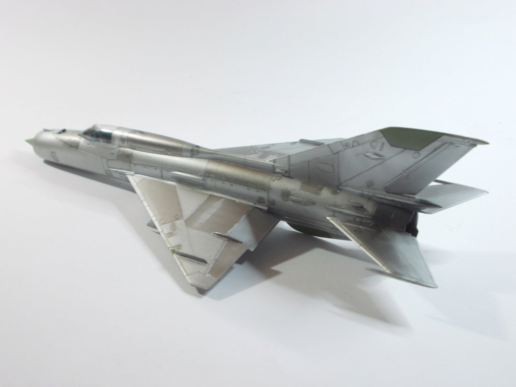 MiG-21 RFMM Izdeliye 94A Fishbed F ( Eduard + Bidouille 1/48 ) - Page 2 M3213