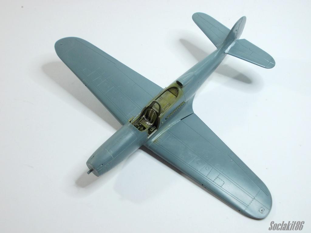 Bell P-400 aux couleurs Russes ( Eduard 1/48) M3313