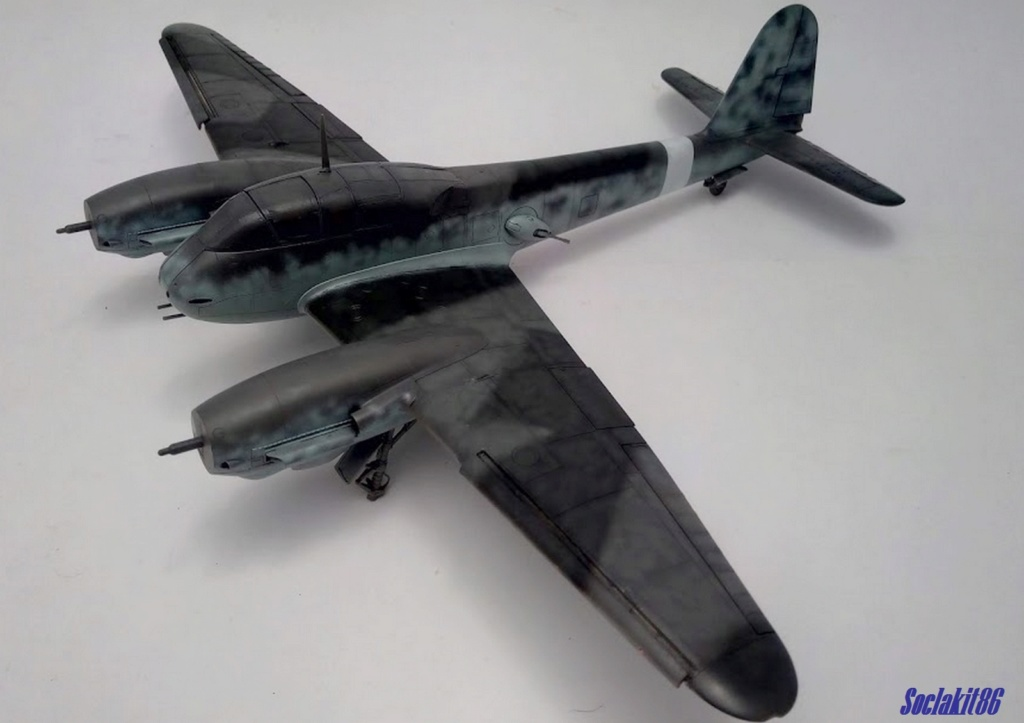 Me 410 B-2 / U-2 / R-4 Hornisse (Revell 04533 1/48) - Page 2 M3418