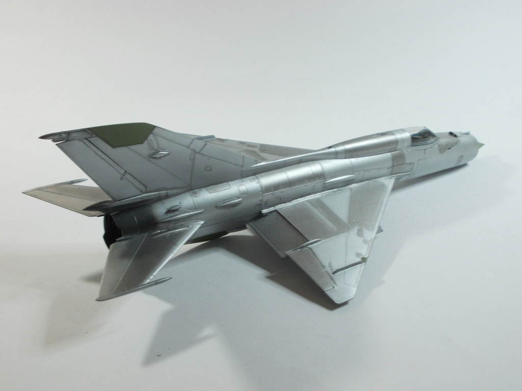 MiG-21 RFMM Izdeliye 94A Fishbed F ( Eduard + Bidouille 1/48 ) - Page 2 M3512