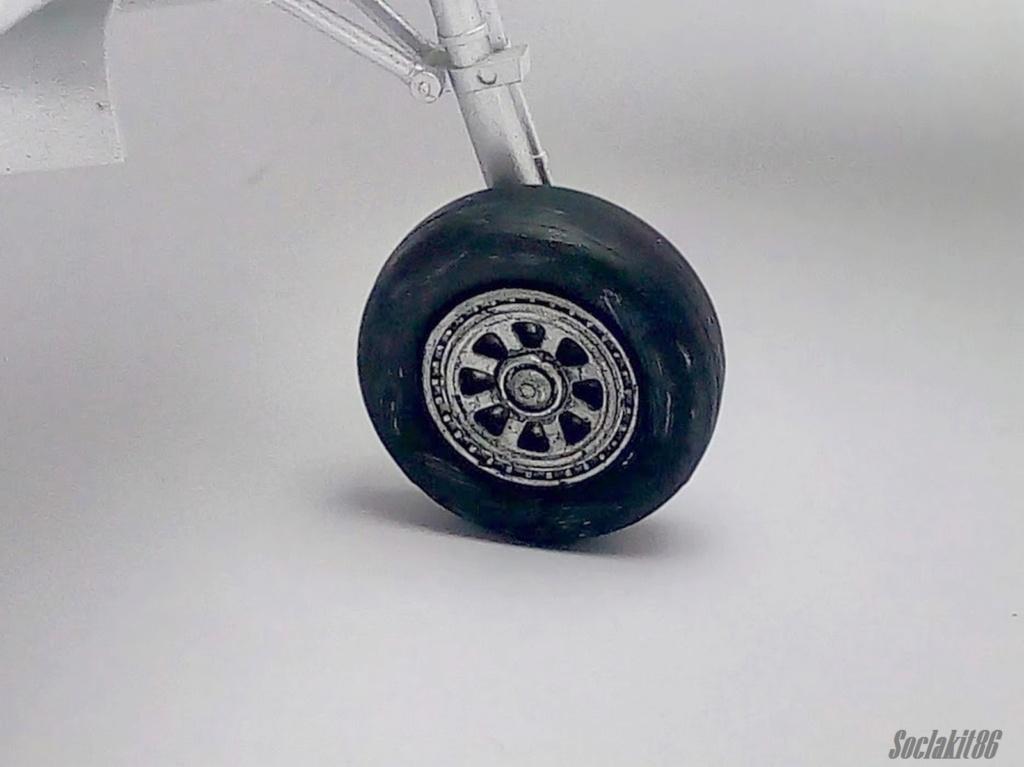 AD-4 Skyraider n°123895 /SFERMA 110 de l'EC 3/20  (Tamiya 1/48) - Page 2 M4126