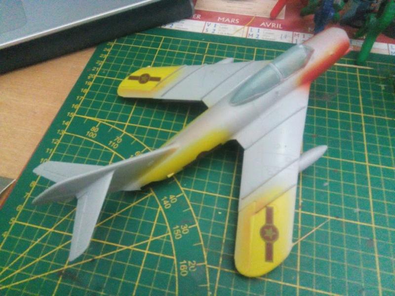 Shenyang JJ-5 Armée de l'air Nord Vietnamienne (Hobby Boss 1/48) - Page 3 M4232