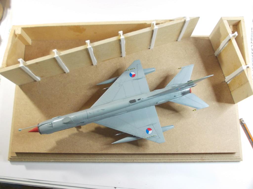 MiG-21 MFN (Eduard 1/48) - Page 4 M4314