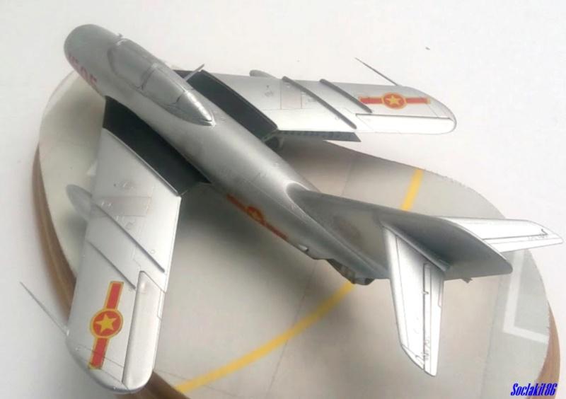 Shenyang JJ-5 Armée de l'air Nord Vietnamienne (Hobby Boss 1/48) - Page 4 M4629