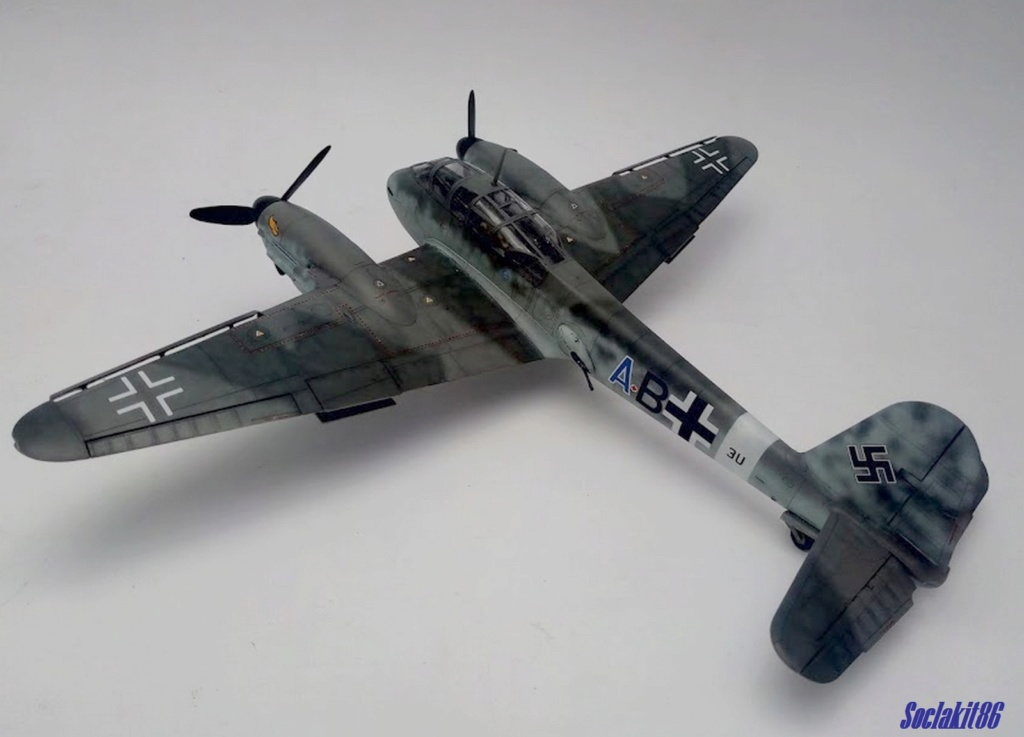 Me 410 B-2 / U-2 / R-4 Hornisse (Revell 04533 1/48) - Page 2 M4716