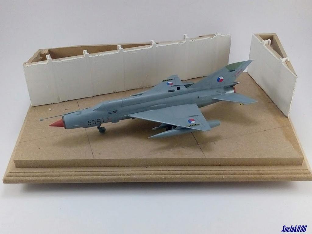MiG-21 MFN (Eduard 1/48) - Page 4 M4723