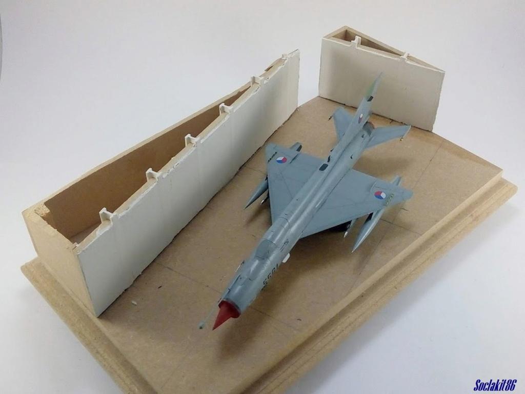 MiG-21 MFN (Eduard 1/48) - Page 4 M4824