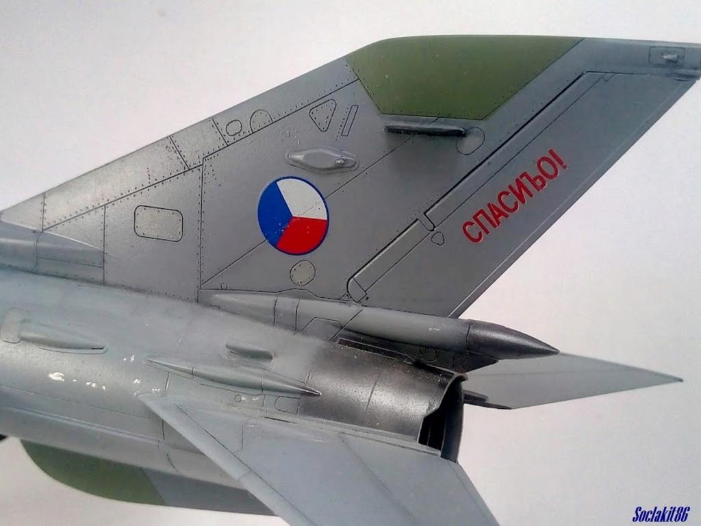 MiG-21 MFN (Eduard 1/48) - Page 4 M5021
