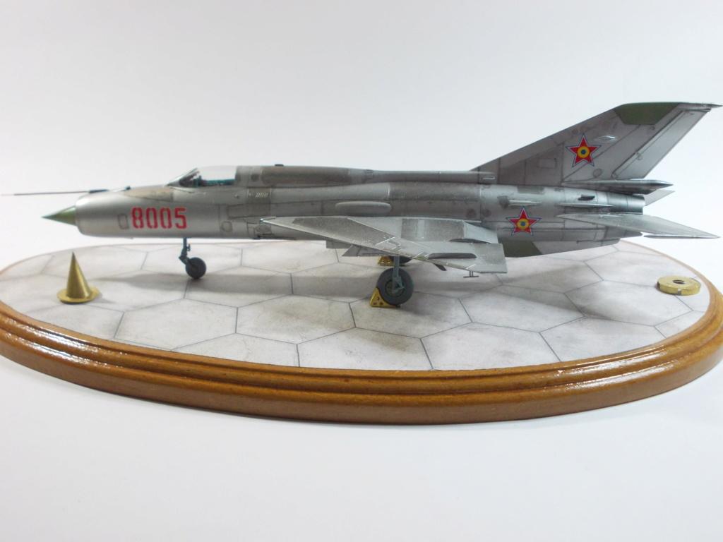 Défi passion : MiG-21 RFMM Izdeliye 94A Fishbed F ( Eduard + Bidouille 1/48 ) - Page 3 M5511