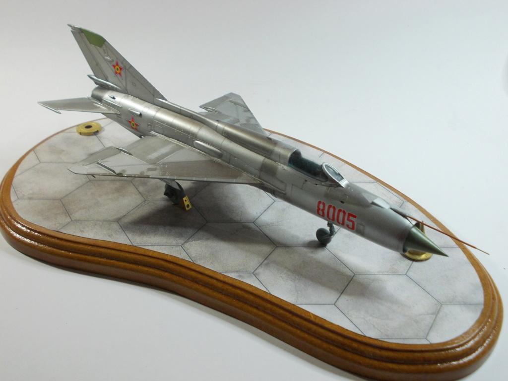 Défi passion : MiG-21 RFMM Izdeliye 94A Fishbed F ( Eduard + Bidouille 1/48 ) - Page 3 M5711