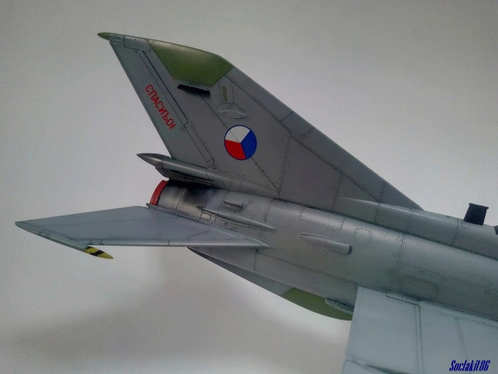 MiG-21 MFN (Eduard 1/48) - Page 5 M5728